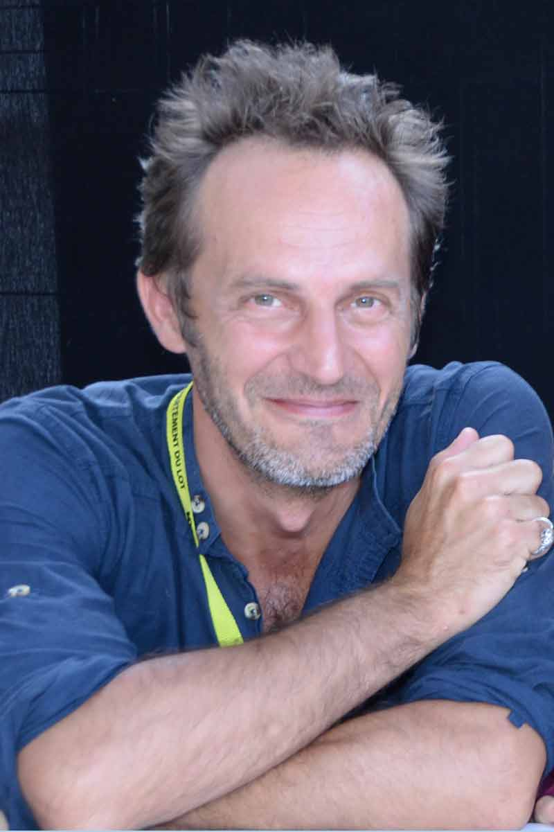 Simon Backes